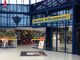 Fachmarktzentrum,<br /> Lthrst. Wittenberg